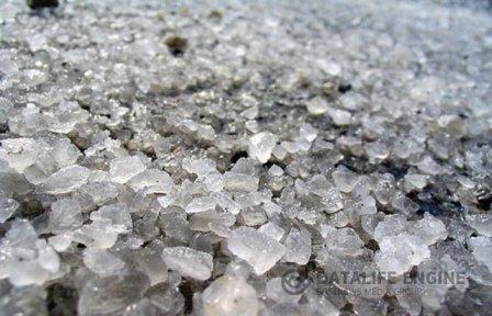 Соль для дорог и особенности ее применения